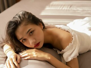 BiancaDang shows nude livesex