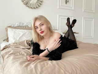 LolaDennis free online camshow