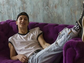 PeterSlimGuy private livejasmin anal